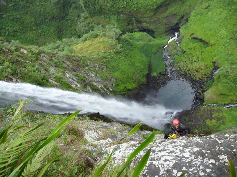 Descente du canyon du trou de fer à la Réunion.